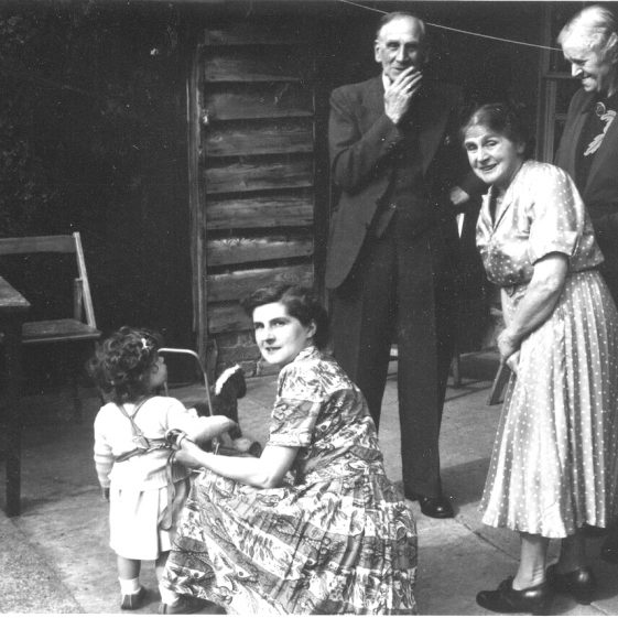 Jane Moore (née Findlay), Gwendoline Adcock, Annie Margaret Nicholls Adcock (née King), George and Edith King. Photographed at Court Lodge, Meldreth in the mid 1950s. | Photograph supplied by David King