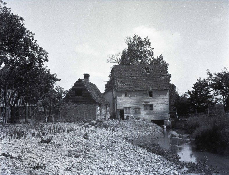 Topcliffe Mill and House | E M Gardner, reproduced with kind permission of The Mills Archive Trust