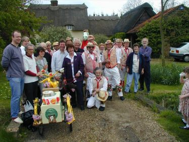 Standon Morris with members of the Meldreth Village Association outside the Dumb Flea on May Day 2000.  Current occupants Julie and Peter Draper are on the far right of the photo | Tim Gane