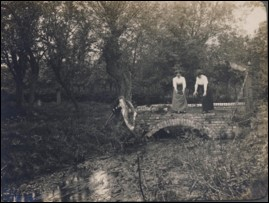Old photo of  a Mel River bridge | Meldreth Local History Group