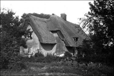 Orchard Cottage 1931 | Cambridgeshire Archives croc_ph_23_Z1590