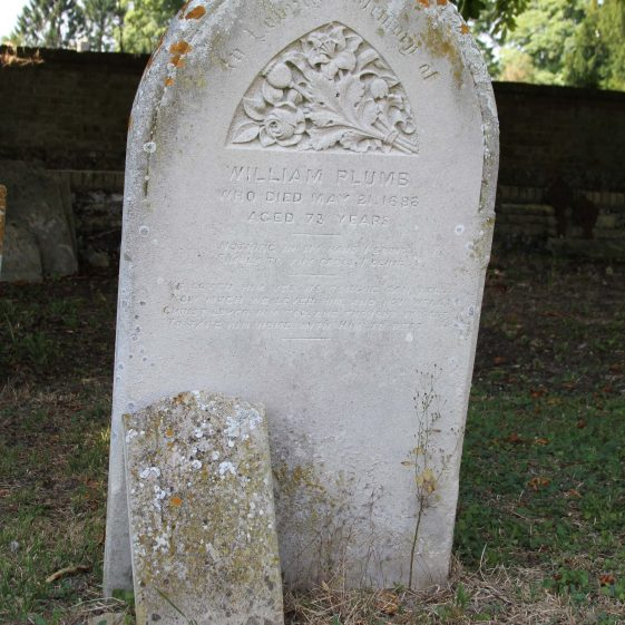 59: In Loving Memory of/WILLIAM PLUMB/ who died May 21 1898/aged 73 years./ Nothing in hand I bring/ Simply to Thy cross I cling./We loved him yes, no tongue can tell/ How much we loved him and how well/Christ loved him too and thought it best/To take him home with him to rest./ | Photograph by Malcolm Woods