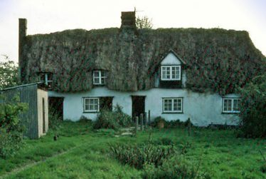 Chiswick End Cottage   Photograph supplied by Ann Handscombe