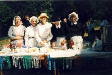 Members of the WI: Kath Thompson, Mary Symonds, Daphne Pryke, Doris, 'Gilly' Gilham and June Comben | Ann Handscombe