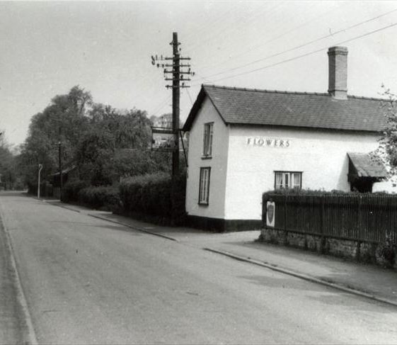 The British Queen P.H. High Street, Meldreth. 20/5/1960 | Photo supplied by Ann Handscombe