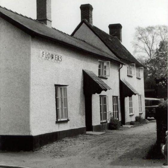 The British Queen P.H., High Street, Meldreth.  20/5/1960 | Photo supplied by Ann Handscombe