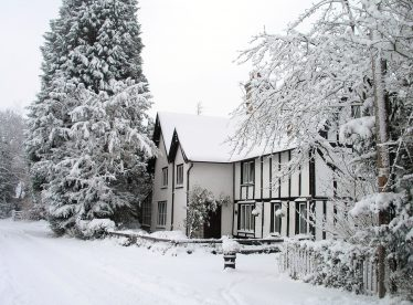 Chiswick Farm House in the snow of 2010.  This image was used on the Meldreth Local History Group Christmas cards in 2013 | Tim Gane
