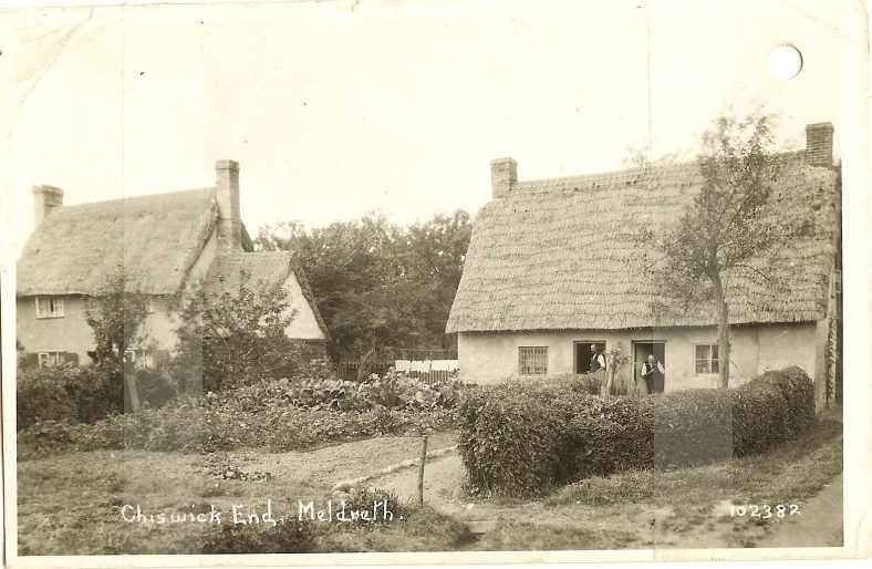 102382 Chiswick End, Meldreth [Addlestone Cottages] | Bell's postcard supplied by Ann Handscombe