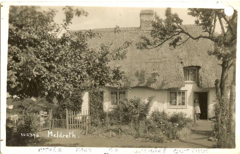 102378 Meldreth [Cottage in Whitecroft Road] | Bell's postcard supplied by Ann Handscombe