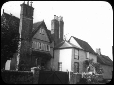 The main (south) entrance to Sheene Manor, Meldreth as it was in George Pike's time | Copyright Cambridge Antiquarian Society