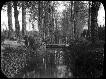 Sheene Farm, Crooked Walk, stream and bridge ~1930 | Cambridge Antiquarian Society Lantern Slide