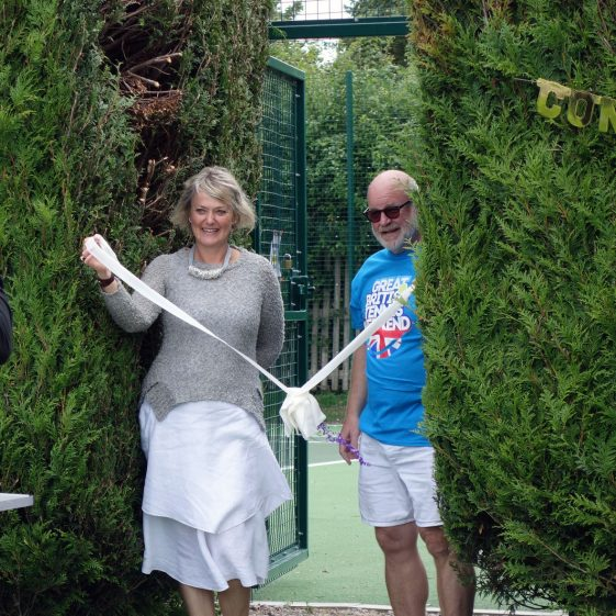 District Councillor Philippa Hart and Club Chairman Richard Evans open the newly refurbished courts, 12th August 2017 | Photograph by Kathryn Betts