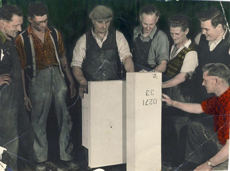 Ducting Gang in the early '50s<br> L to R Ken Truett, __________, George Anderson, Fred Dance, Alfie Day, Bert Turvey, Bill Nunn | Bill Nunn