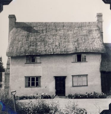 Fordham's Cottage ~1980 before the extension | Freda Kefford