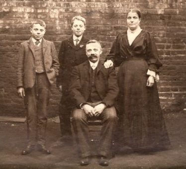 Walter James Plumb with his wife, Sarah Ann, and their two sons, Edward James and William Ernest. c. 1905 | Photograph supplied by Jonathan Plumb