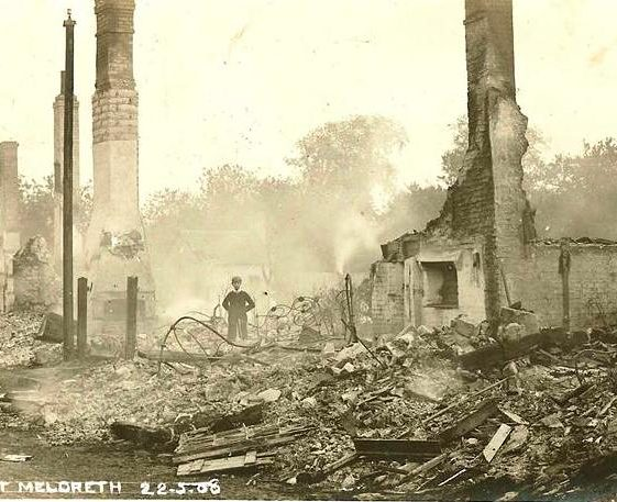 7 cottages in High Street, Meldreth destroyed by fire 22/05/1908 | Photo supplied by Brian Clarke