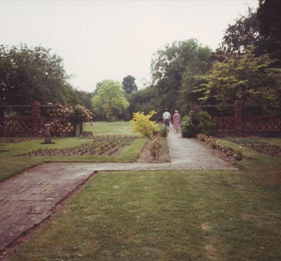 The rear garden of the Gables, 1960 | Photograph courtesy of Ann Handscombe