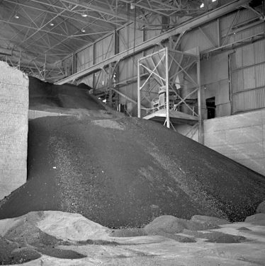 Clinker store at Barrington in the early 1960s | cementkilns.co.uk