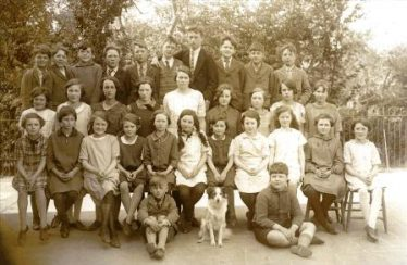 Gladys Clarke (nee Thurley) at Meldreth School c.1928.  Gladys is second from right in the front row and her friend Kathy East is fourth from right in the same row. | Photo supplied by Sylvia Gipson