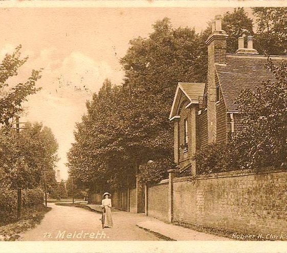 High Street, Meldreth looking north with Meldreth Court on r/h side. c.1910 | Photo supplied by Kathryn Betts
