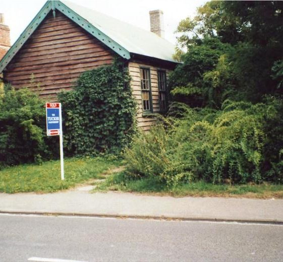 Former Conservative Association hut in High Street, Meldreth for sale for redevelopment as a private dwelling.  2000 | Photo supplied by Ann Handscombe