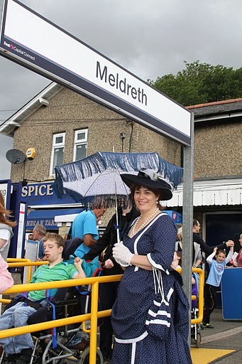 A Victorian Lady gracing the scene at the 160 year celebrations | Malcolm Woods