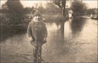 Flooding in Malton Lane 1928 | Raymond Course