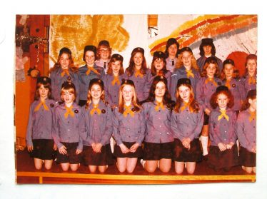 Meldreth Grl Guides 1973 | This photo was taken from the Meldreth W.I Scrapbook