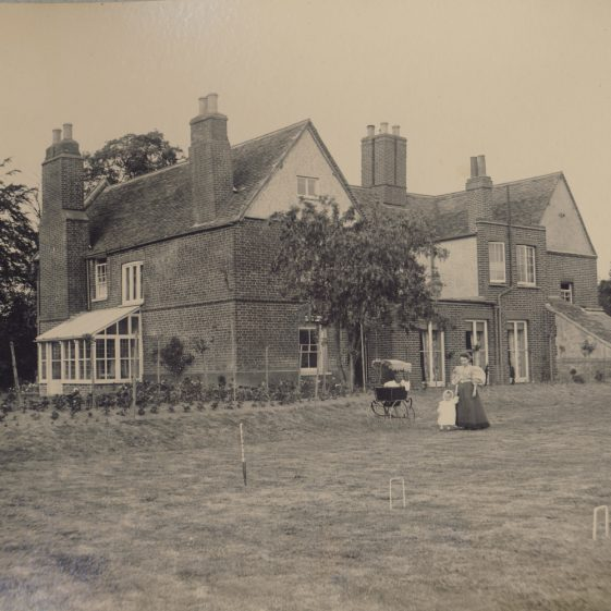Meldreth Manor.  One of the properties in Meldreth owned by John George Mortlock in 1910 | Photo donated to the MLHG by John Gipson