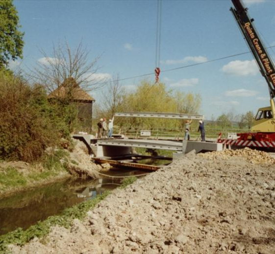 Rebuilding of Malton Lane Bridge, 1990 | Photograph supplied by Ann Handscombe