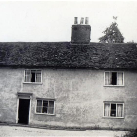 Cottage at The Maltings farm (known as The Mill), High Street, Meldreth. c.1949 | Photo supplied by Ann Carter