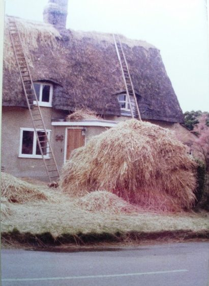 North End No.13 re-thatching | Meldreth W.I.
