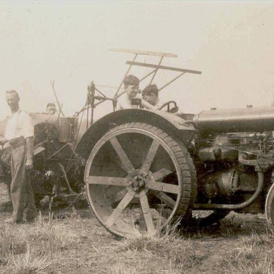 Frank Course and family at harvesting time at Northfield Farm, c. 1933 | Photograph supplied by Raymond Course