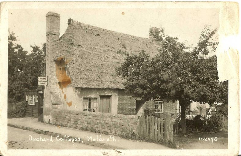 102375 Orchard Cottage, Meldreth [Whitecroft Road: now known as Bramble Cottage] | Bell's postcard supplied by Ann Handscombe