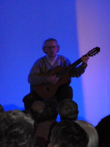 Rod Barnes singing 'Ancient Brits' | Tim Gane