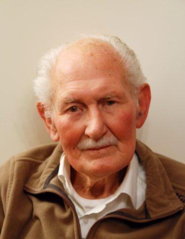 Reg Hodder 1915-2012
