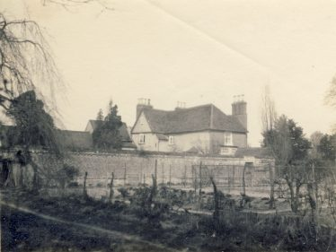 Sheene Manor House and garden ~1931 | Mike Pilkington