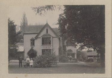 Sheene Manor House ~1910 | Mike Pilkington