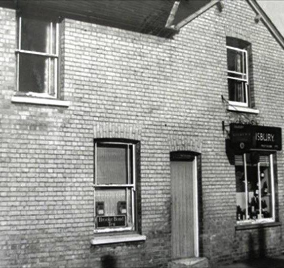 Salisbury's Shop, High Street, Meldreth.  c. 1960 | Meldreth W.I.