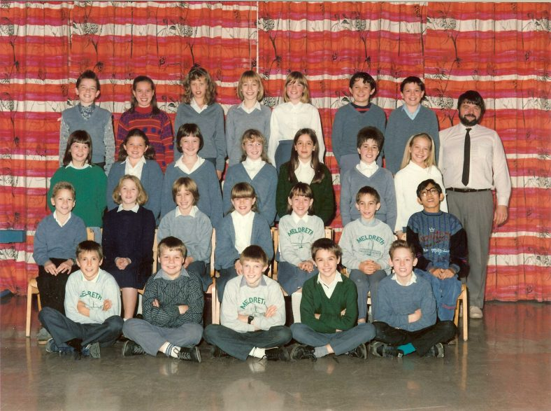 <b>Mr Neale's Class, 1989</b></br> Back row, from left: Ian Windsor, Theresa Miller, Suzanne Middlemass, Claire McGill, Louise Inman, Ben Rastall, Adam Willers, Mr Neale<br> Second row, from left: Alison Parfitt, Becky Parsons, Vicky Burns, Karen Hill, Katherine Farbridge, Tammy Prince, Emma Poultney<br> Third row, from left: Simon Hollamby, Amy Farrer, Jane Greeves, Emma Taylor, Katie Fisher, Thomas Greeves, Ashish ?<br> Front row, from left: Warren Mynne, Andrew Watson, Darren Broadhurst, William Warboys, Richard Talbot | Photograph supplied by Jane Fosbeary (nee Greeves)