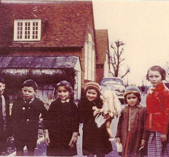 A group of children outside Meldreth School, High Street, Meldreth. c.1955 | Photo supplied by Hilary Jefferys