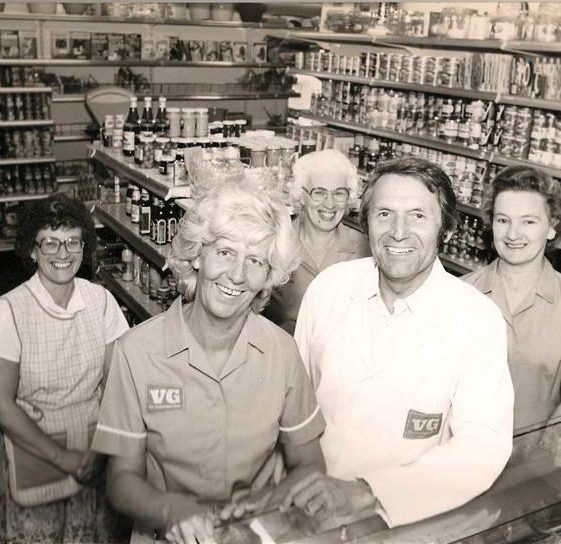 Mr and Mrs Gordon Hardwick open VG Stores, High Street, Meldreth.  1975 | Photo supplied by Ann Handscombe