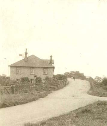 Station Hill, Meldreth (detail from a Bell's postcard) | When was the hill made?