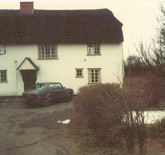 Topcliffe Mill in 1983, prior to renovation and removal of the thatch | Photograph supplied by Kathryn Betts