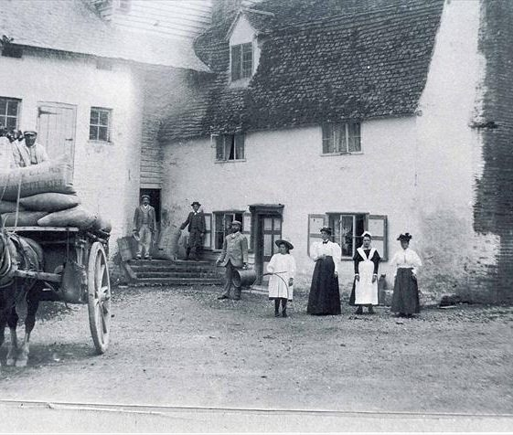 Topcliffe Mill, showing the Peters family who lived there at the time of the 1891 census | Photograph supplied by Mary Course