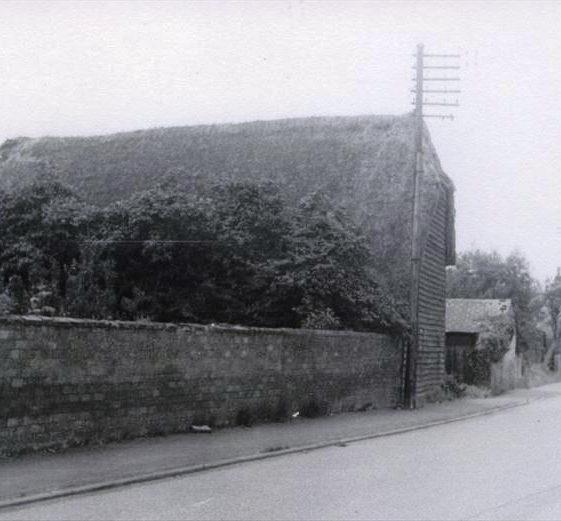 Woolpack Barn, High Street, Meldreth, prior to demolition for garage dvelopment. 1959 | Photo supplied by Ann Handscombe
